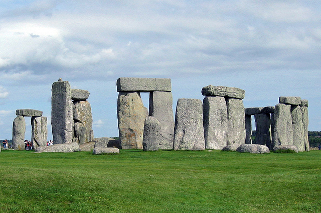 Stonehenge / flickr hbarrison / CC by 3.0