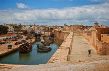 Jak najtaniej lub najszybciej dostać się do Maroko? Mamy na to trzy sposoby