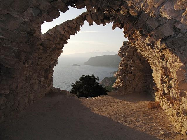 zamek monolithos rodos