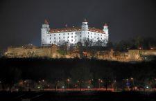 Tygodniowy urlop na Słowacji. Wakacyjny pakiet lot + hotel ze śniadaniem w Bratysławie już za 783 zł od osoby.