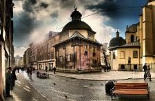 Tylko we Lwowie… Ceny hoteli 3* i 4* spadły do rekordowo niskich poziomów