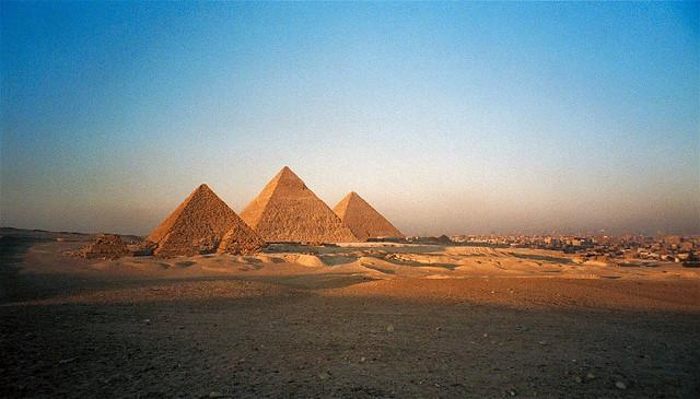 piramidy, giza