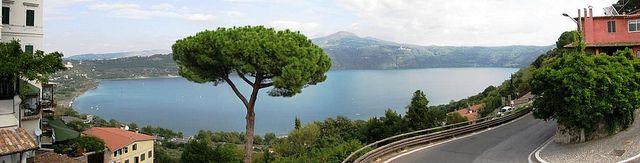 Jezioro albano włochy
