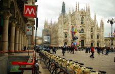 Wybierzcie się do malowniczej Lombardii. Przegląd tanich lotów z Katowic do Mediolanu już za 130 zł.