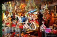 Bożonarodzeniowe jarmarki w Wiedniu. Kolorowo, nastrojowo i… bardzo tłoczno