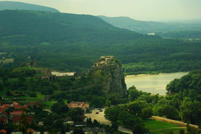 zamek devin słowacja