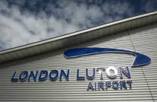 Jak najszybciej i najtaniej dojechać z lotniska Luton do centrum Londynu?