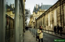 Pospaceruj z nami po paryskim Marais. Miasteczko w mieście, gdzie pałace nazywają hotelami