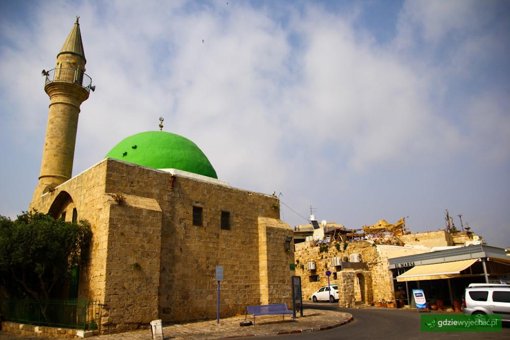 akka meczet