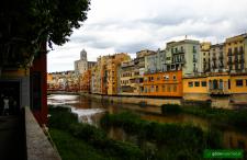 Fajna ta Girona. Dlaczego warto zatrzymać się w tym mieście trochę dłużej niż chwilę?