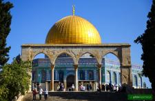 Wzgórze Świątynne w Jerozolimie. Tam spotykają się trzy religie. A my z nimi