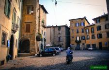 Na pizzę do malowniczej Lombardii. Krótki przegląd tanich lotów z Polski do Bergamo poniżej 150 zł.