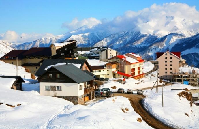 gruzja kaukaz zima narty