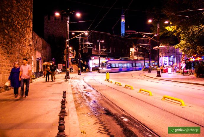 stambul noc tramwaj