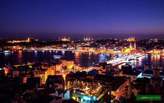 stambul nocny panorama