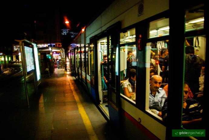stambul nocny tramwaj