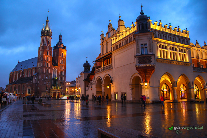 Krakow wieczor rynek