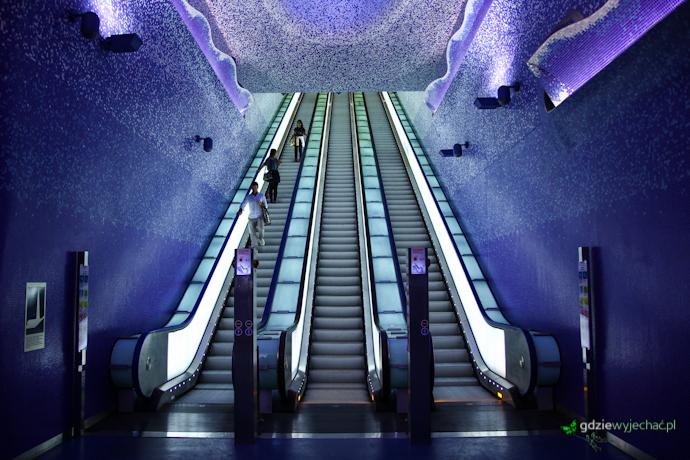 Metro w Neapolu stazione toledo