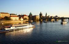 Majówka w urokliwej Pradze z Krakowa za 393 zł dla dwóch osób (przejazd + hotel)