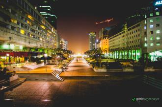 Paryż dzielnica la defense noc