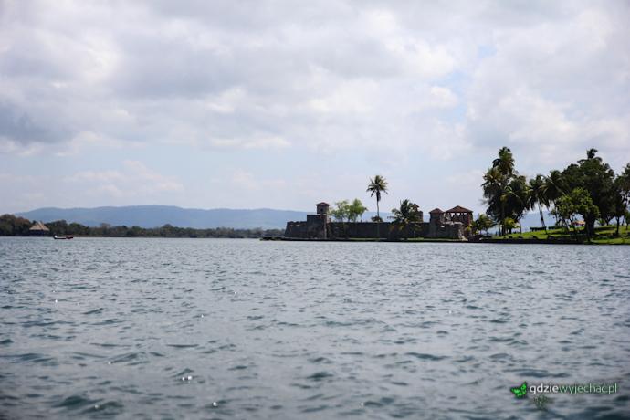 lago izabal gwatemala