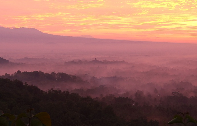 borodubur sunrise setumbu