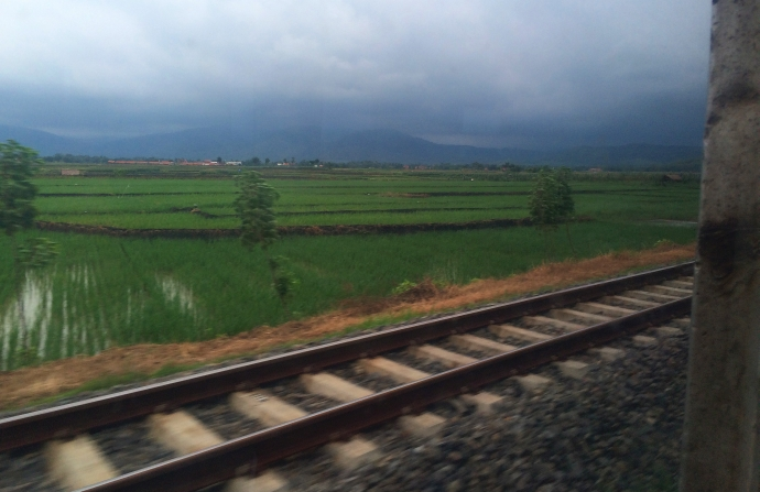 jakarta yogyakarta pociag train