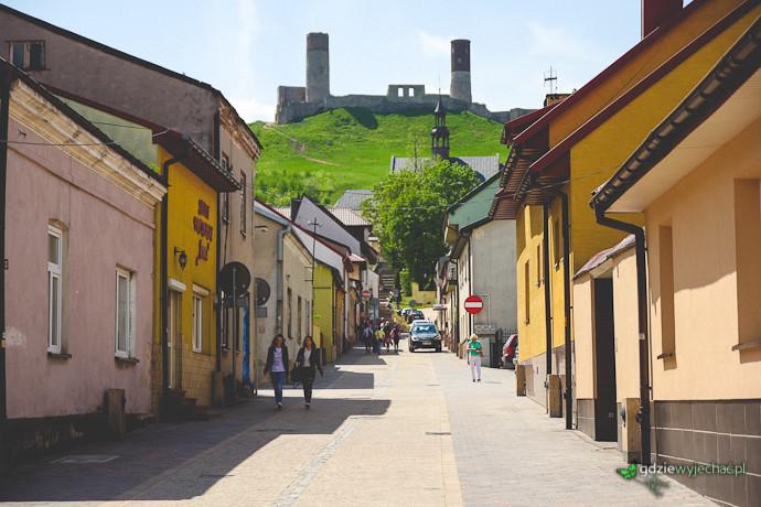 checiny miasto zamek