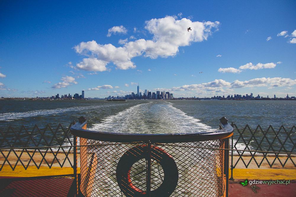 Rejs darmowym promem na wyspę Staten Island, po drodze idealny widok na Statuę Wolności