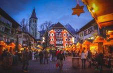 Jarmarki Bożonarodzeniowe, jednak teraz drogą lądową. Przegląd tanich biletów około weekendowych do kilku europejskich miast.