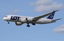 Duża promocja Polskich Linii Lotniczych LOT, kilkanaście destynacji i niskie ceny za bilety.